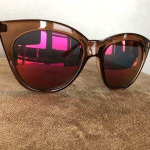 Brown Frame Cat Eye Sunnies w Pink/Orange Mirror .